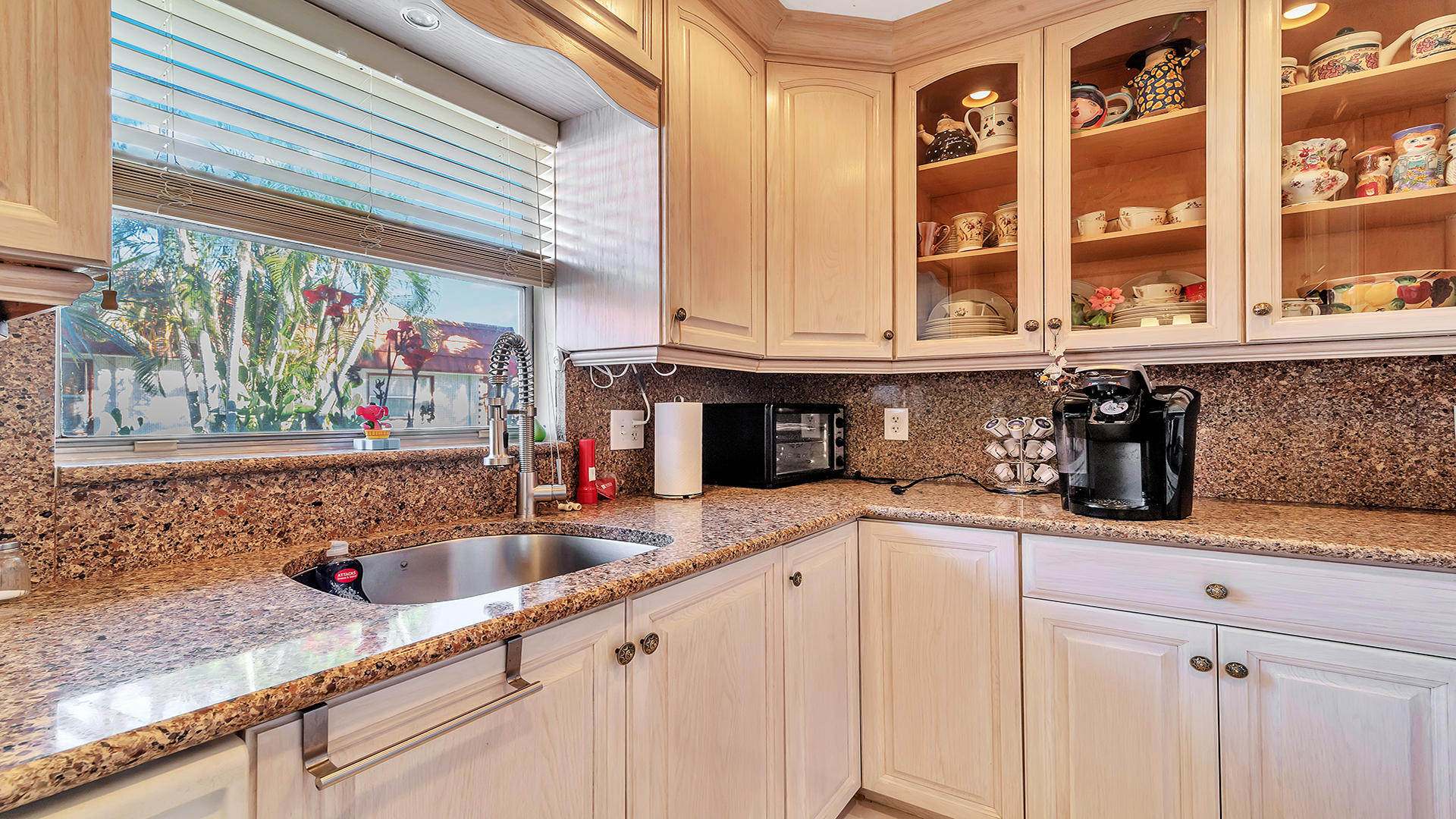93 Waterford D Delray Beach, FL 33446 photo 7
