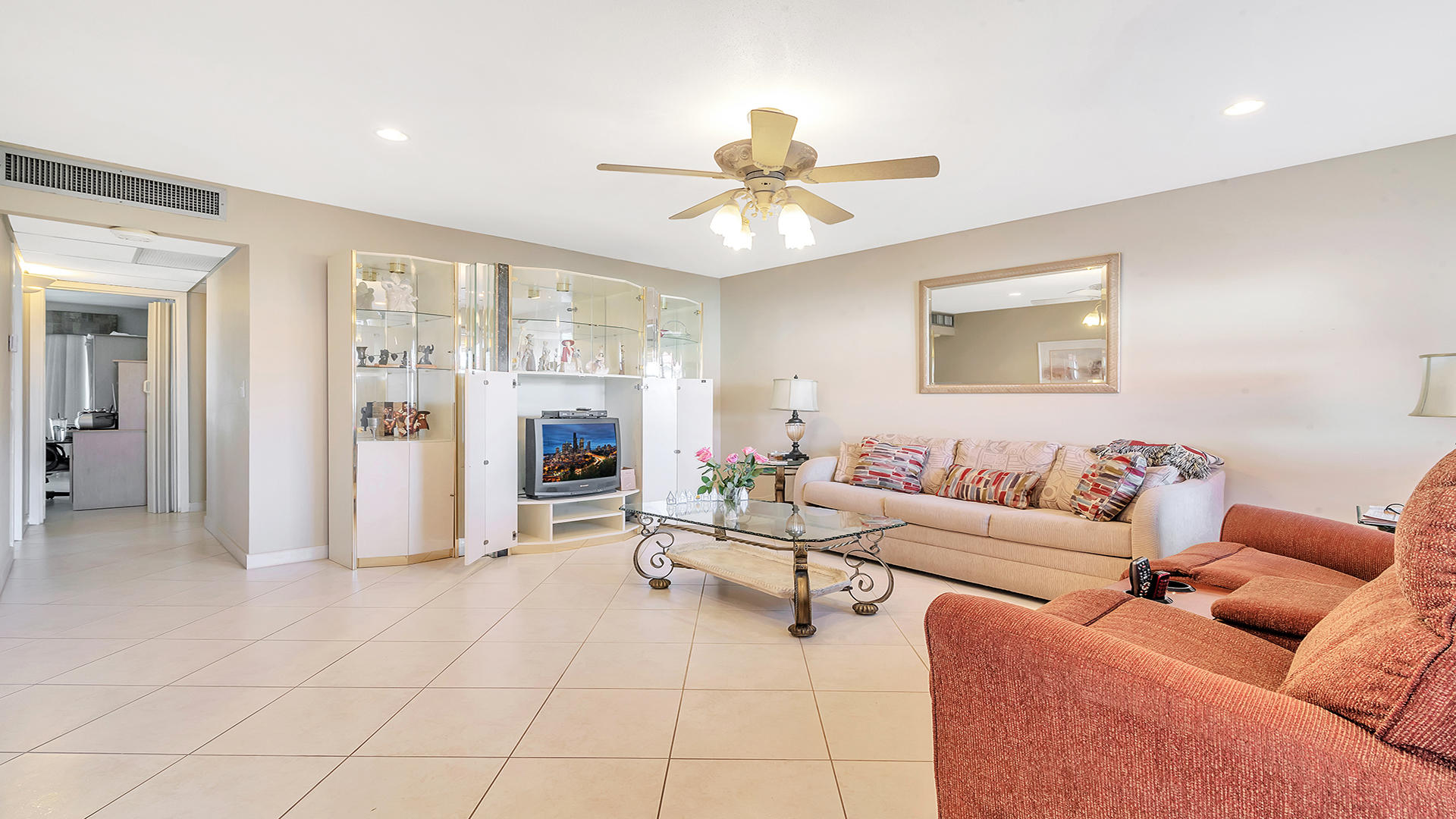93 Waterford D Delray Beach, FL 33446 photo 3