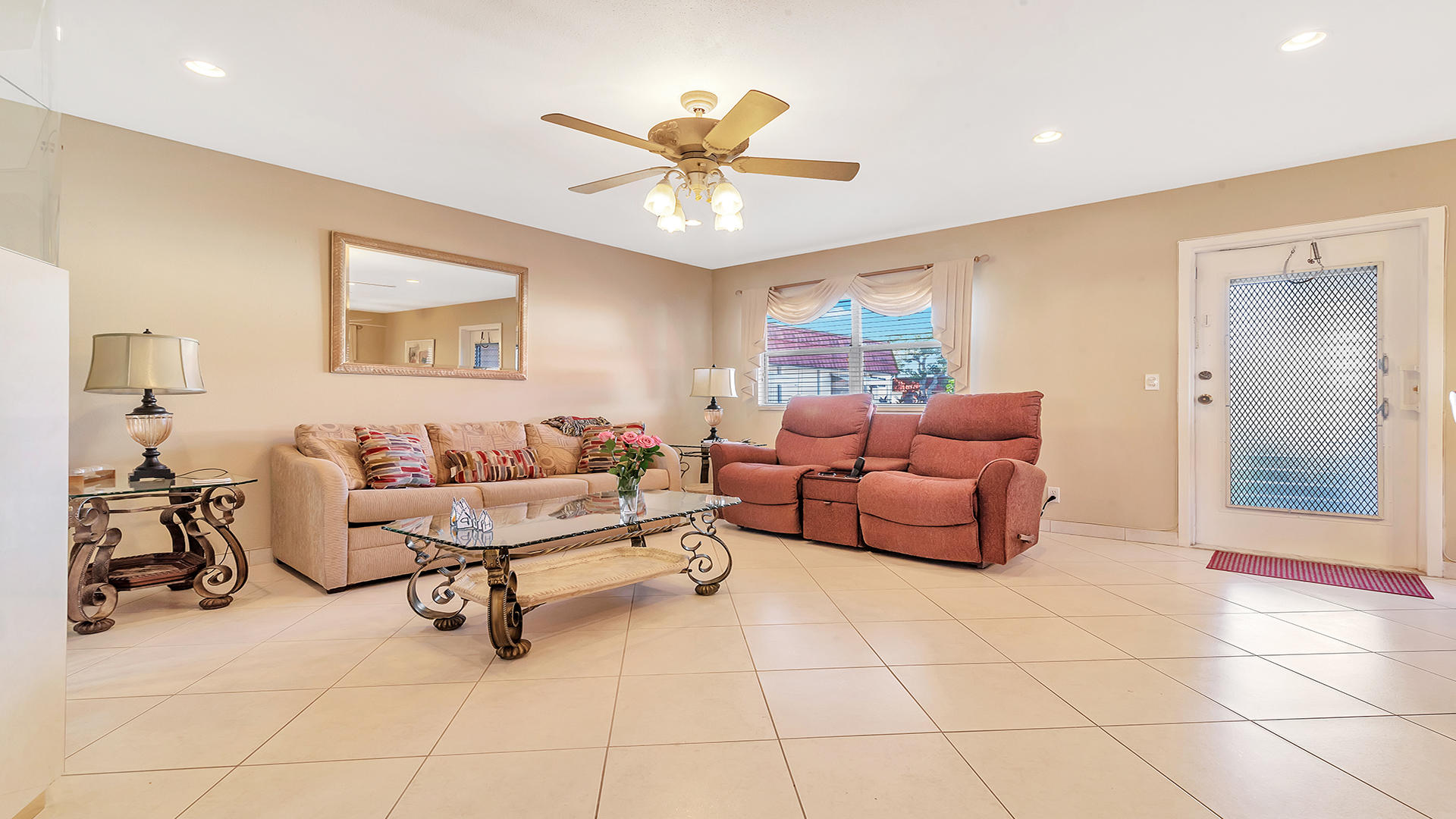 93 Waterford D Delray Beach, FL 33446 photo 4