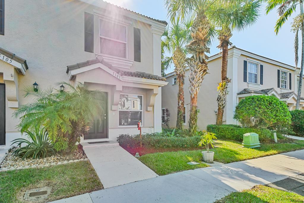 5101 Palm Brooke Circle West Palm Beach, FL 33417