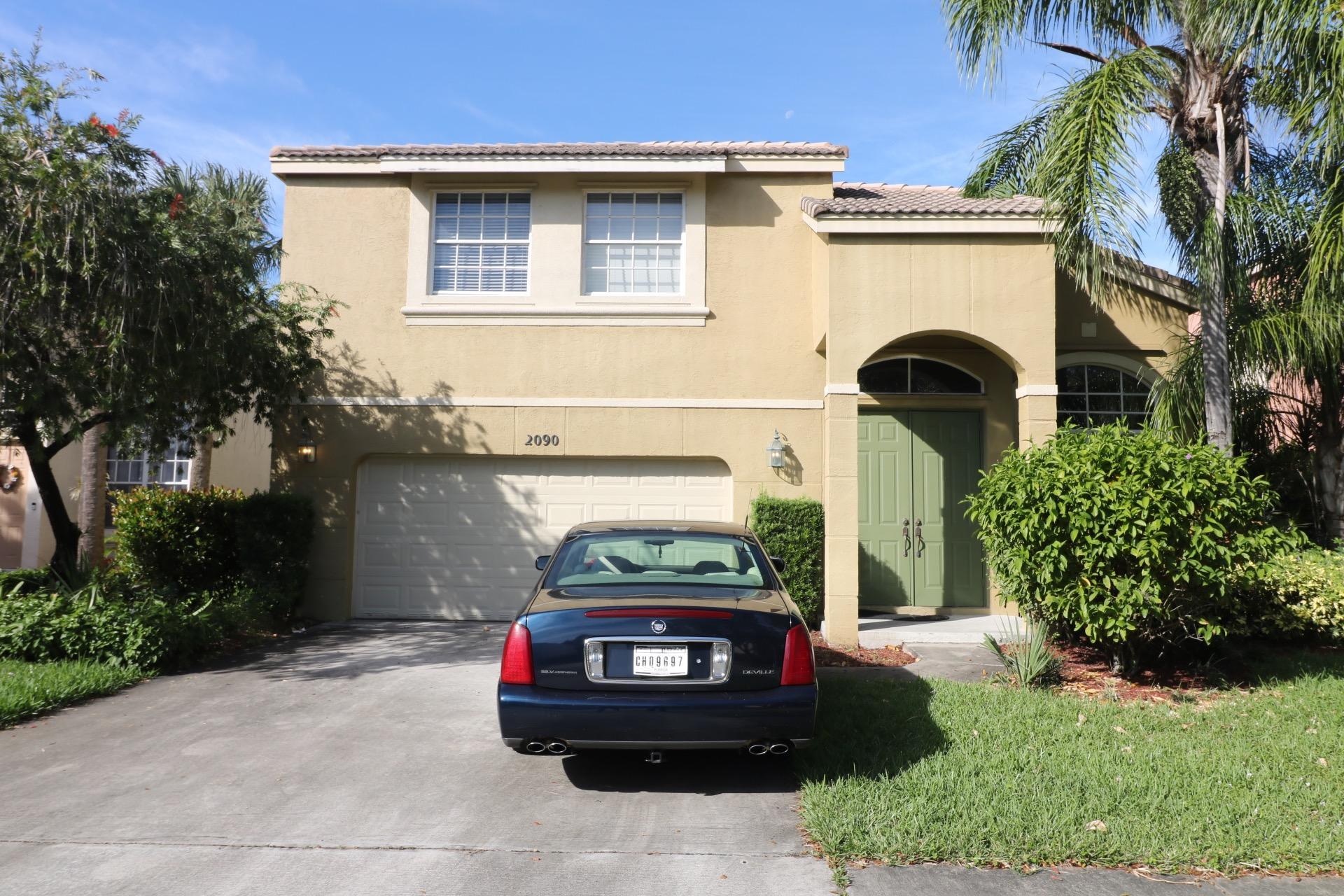 2090 Reston Cr Circle Royal Palm Beach, FL 33411