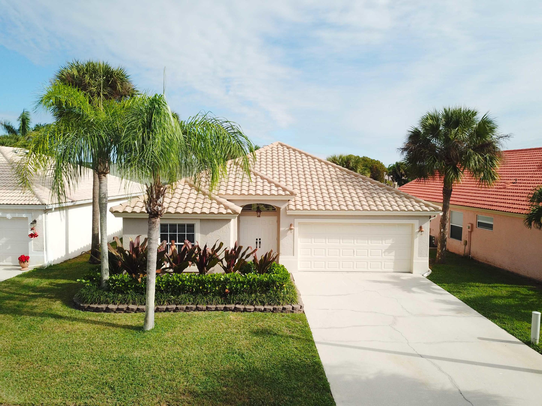 272 Saratoga Boulevard Royal Palm Beach, FL 33411 photo 2