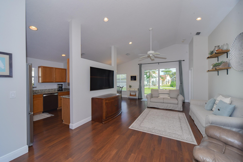 272 Saratoga Boulevard Royal Palm Beach, FL 33411 photo 5