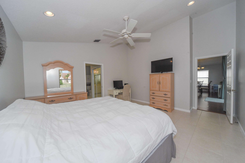272 Saratoga Boulevard Royal Palm Beach, FL 33411 photo 23