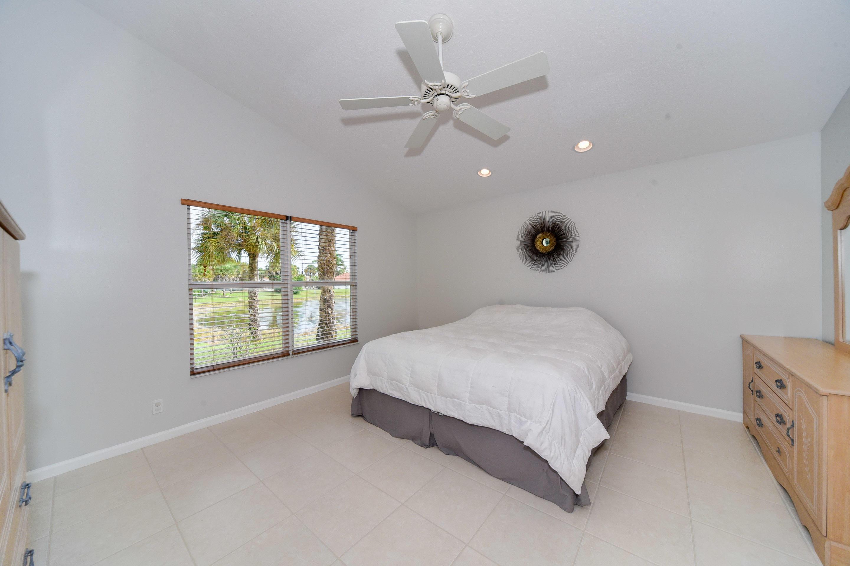 272 Saratoga Boulevard Royal Palm Beach, FL 33411 photo 22