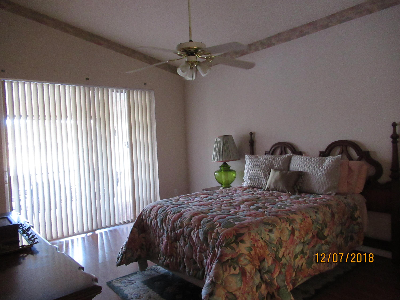 7517 Sally Lyn Lane Lake Worth, FL 33467 photo 12