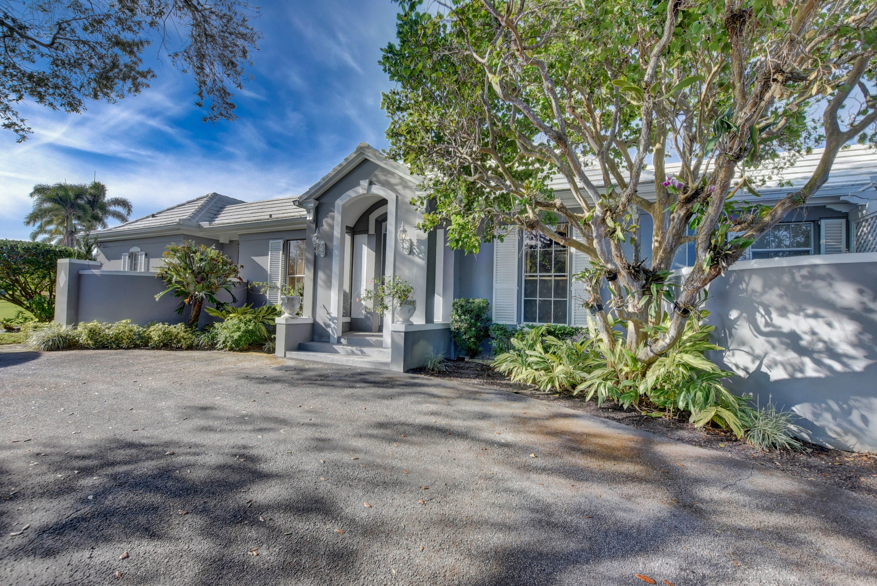 Home for sale in DARTMOUTH COLLEGE Village of Golf Florida
