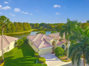 10704  Grande Boulevard  For Sale 10486806, FL