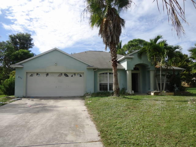 1834 SW Gemini Lane, Port Saint Lucie, Florida