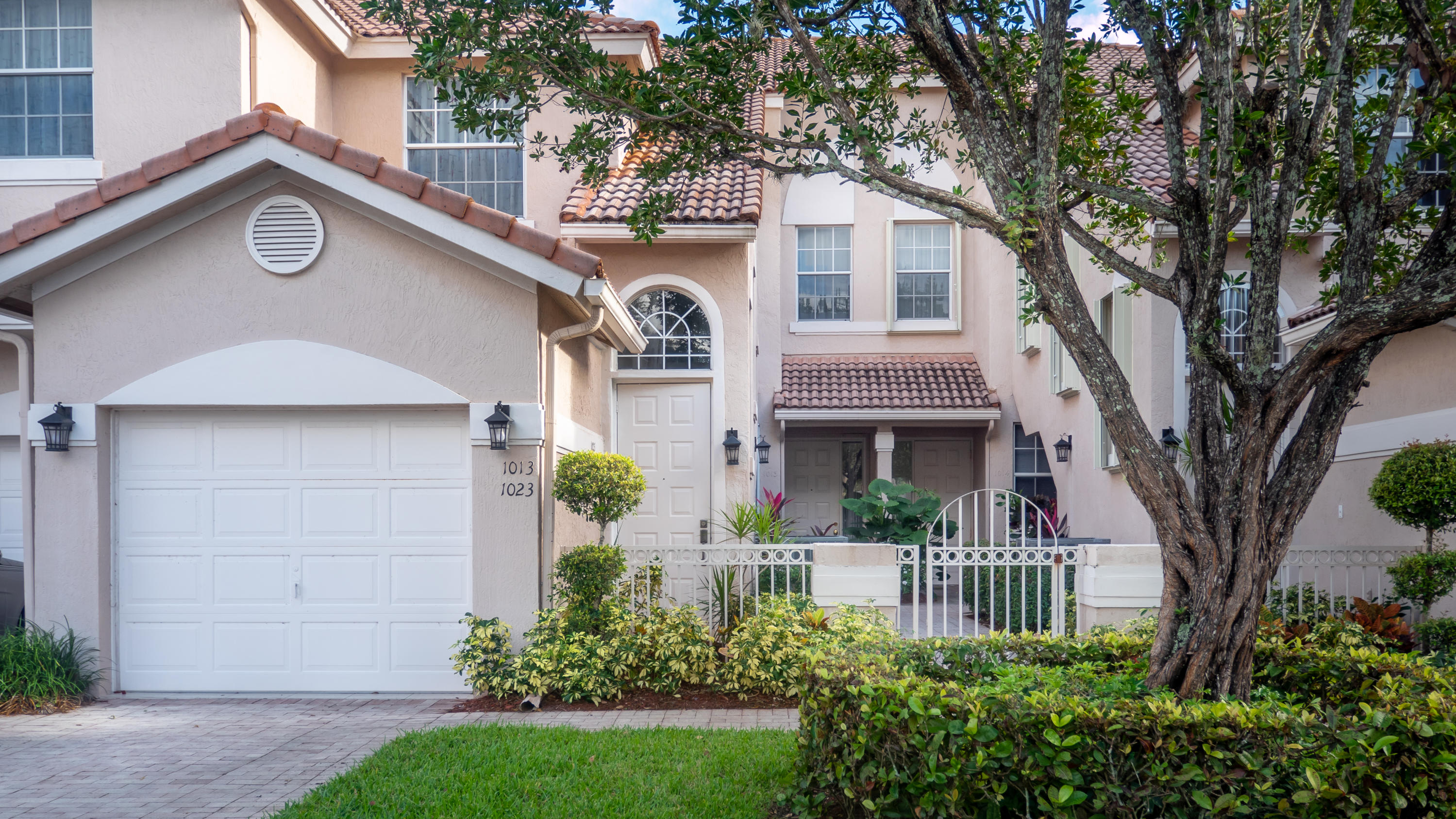 Photo of 6592 Villa Sonrisa Drive #1023, Boca Raton, FL 33433