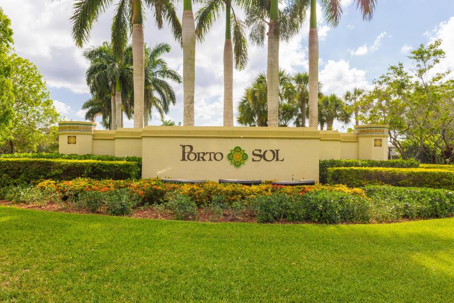 2735 Pienza Circle Royal Palm Beach, FL 33411 photo 24