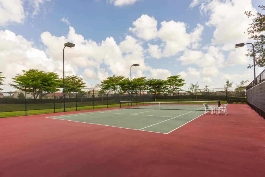 2735 Pienza Circle Royal Palm Beach, FL 33411 photo 26