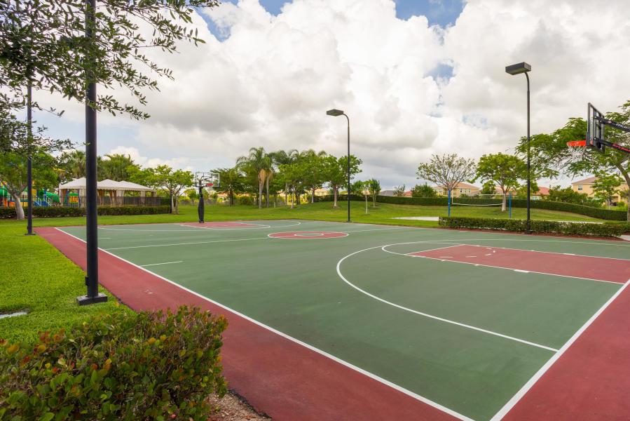 2735 Pienza Circle Royal Palm Beach, FL 33411 photo 27
