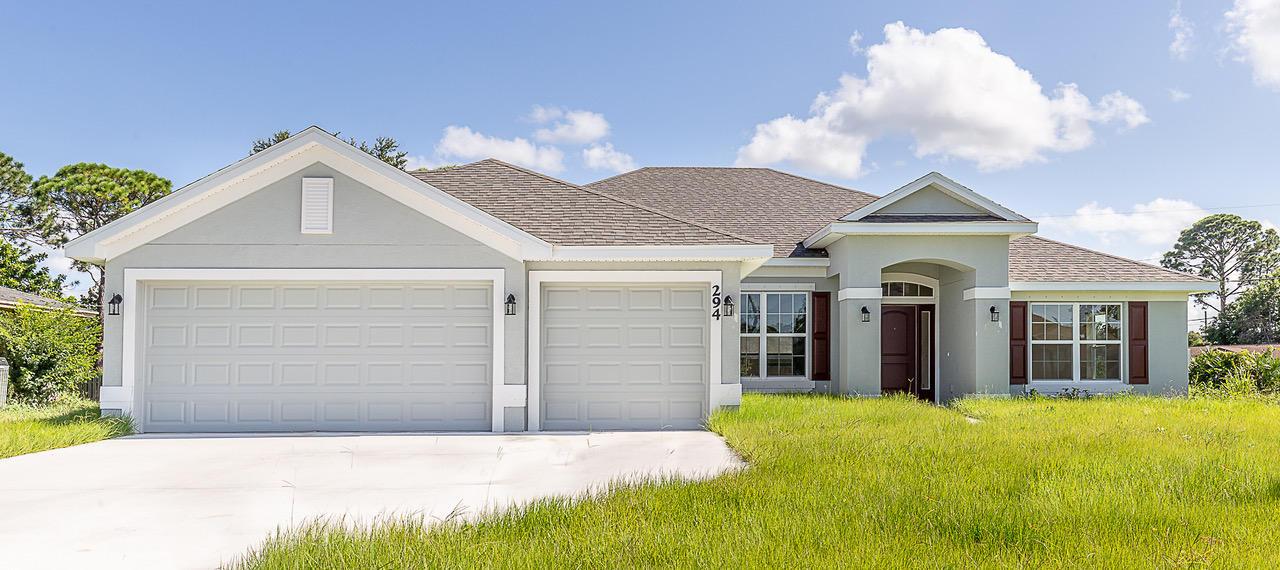 301 NE Glentry Avenue, Port Saint Lucie, Florida