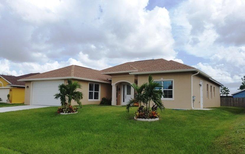 212 SW Elderberry Drive, Port Saint Lucie, Florida