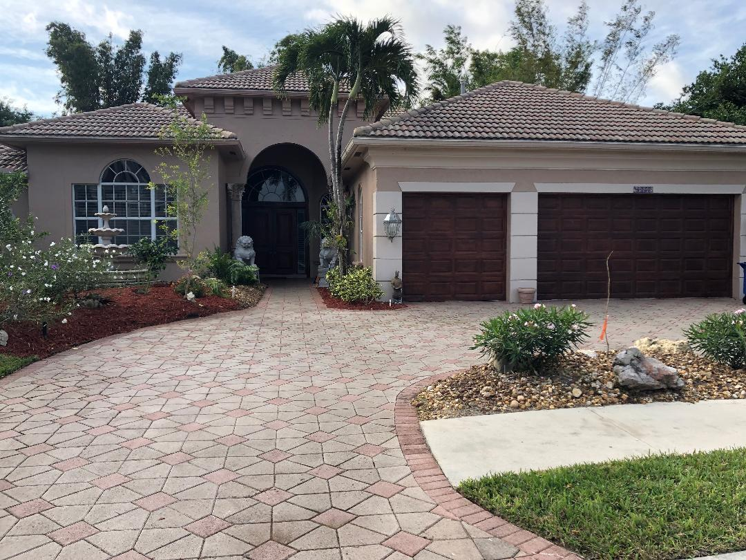 16555 White Orchid Lane  Delray Beach, FL 33446