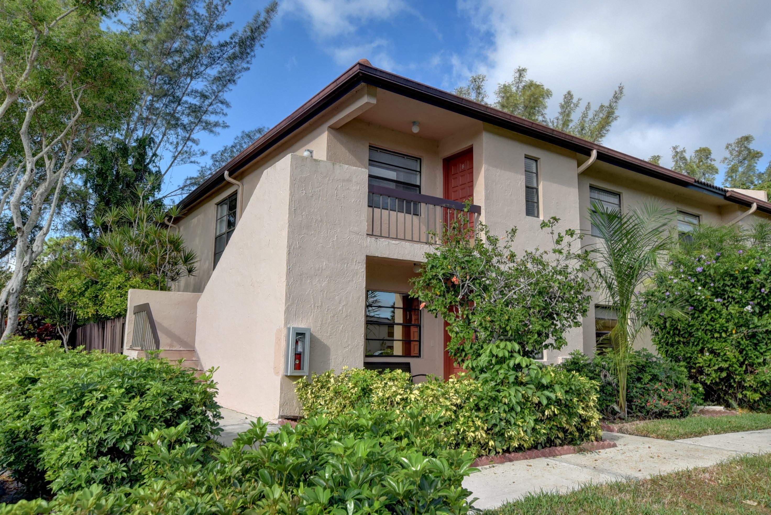 9284 Vista Del Lago Boca Raton FL 33428 - photo 3