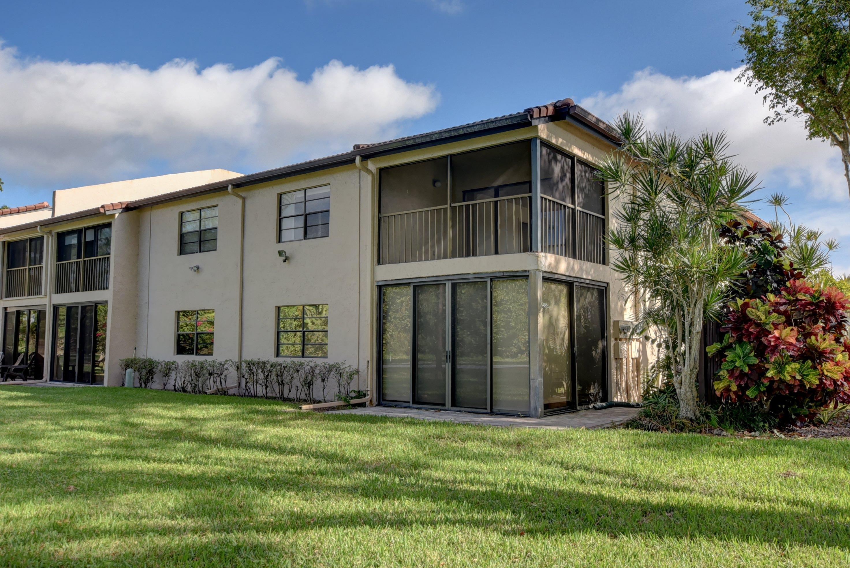 9284 Vista Del Lago Boca Raton FL 33428 - photo 4