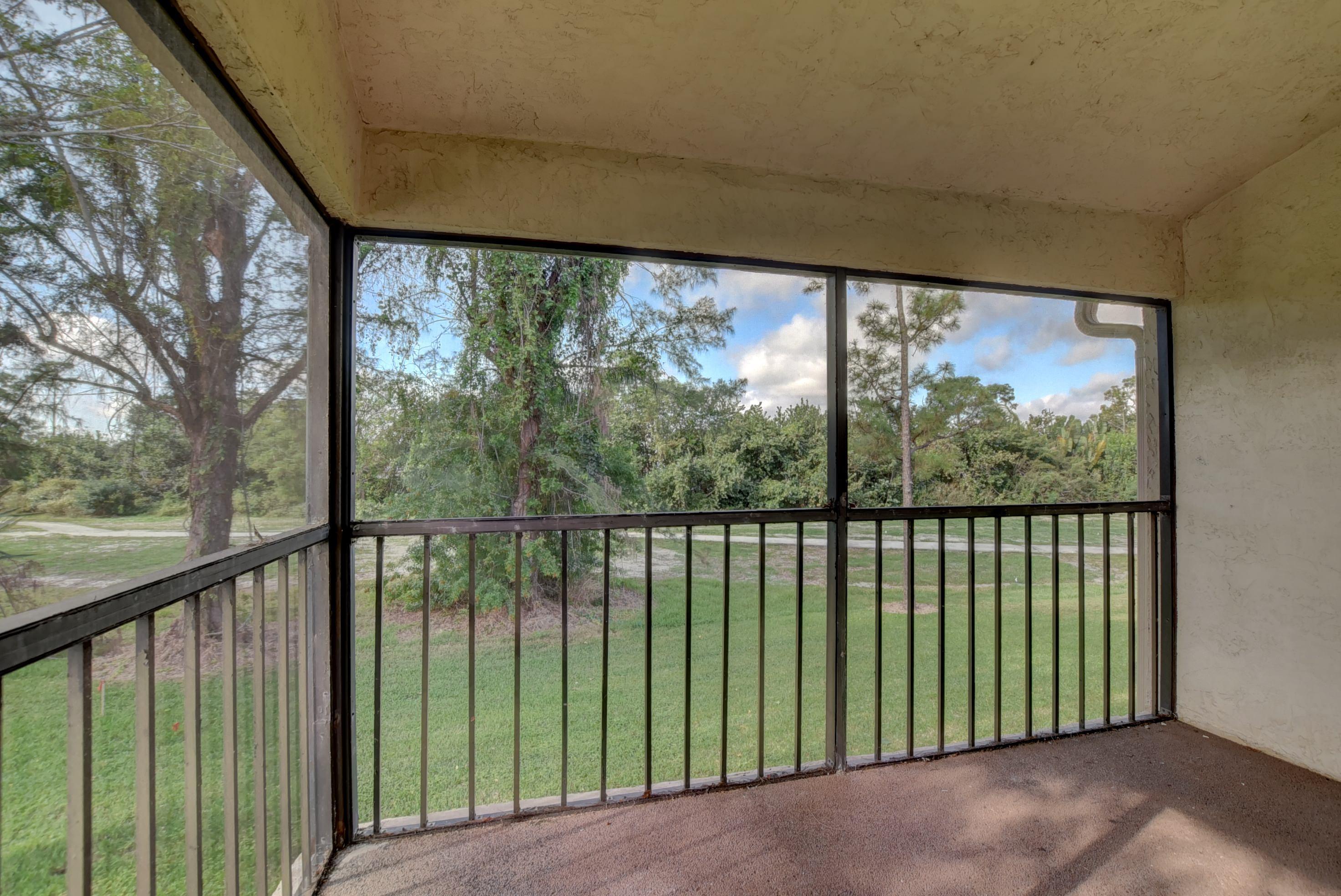 9284 Vista Del Lago Boca Raton FL 33428 - photo 2