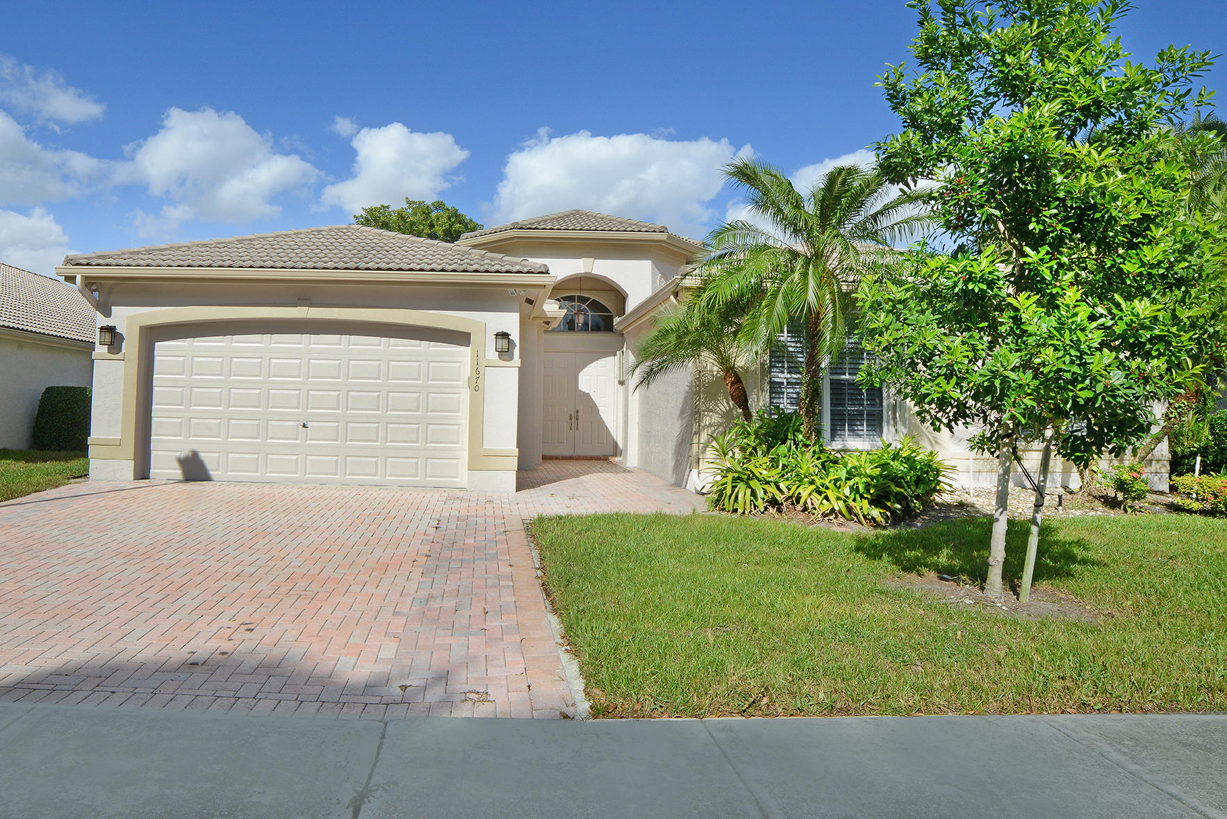 Home for sale in VALENCIA LAKES 2 Boynton Beach Florida