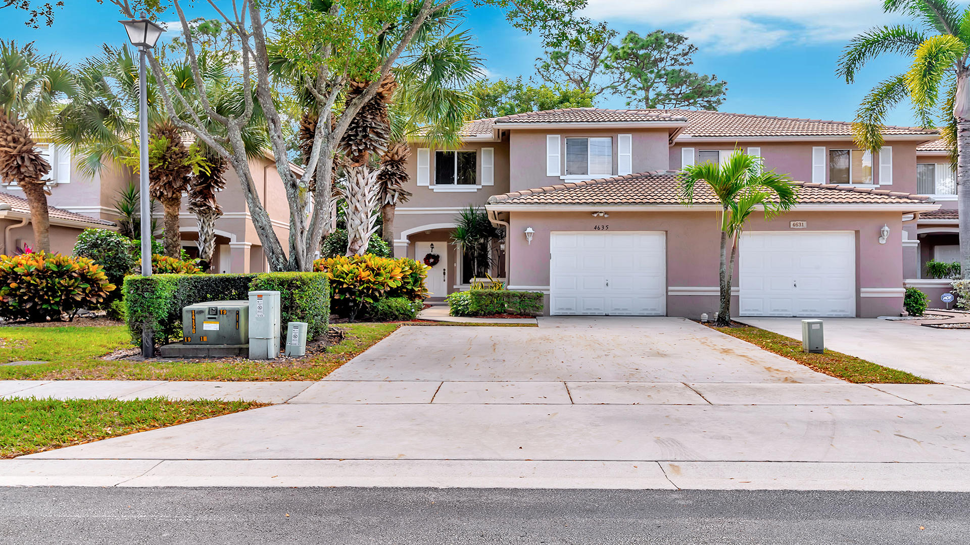 4635 Pinemore Lane Lake Worth, FL 33463