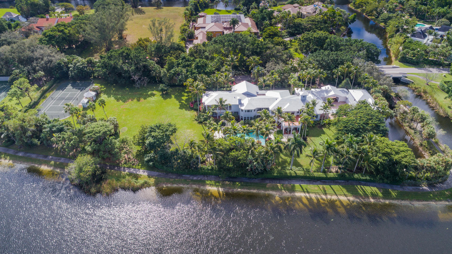 LE LAC BOCA RATON REAL ESTATE