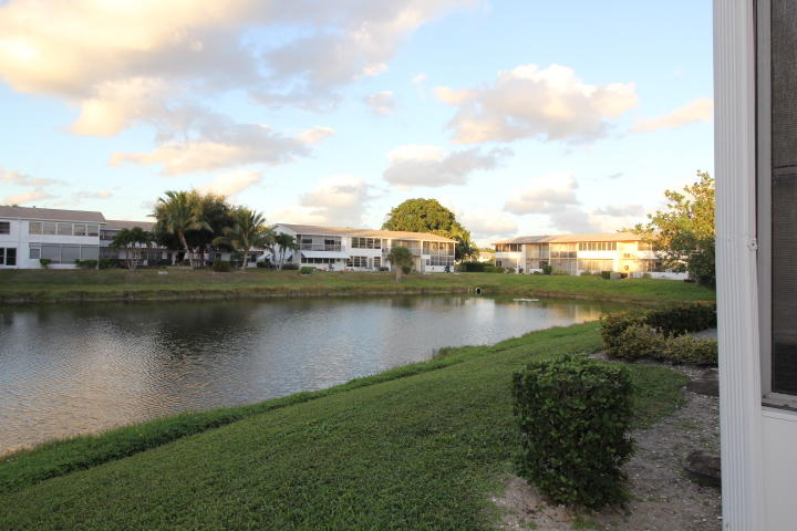 Home for sale in NORTHAMPTON CONDOS West Palm Beach Florida