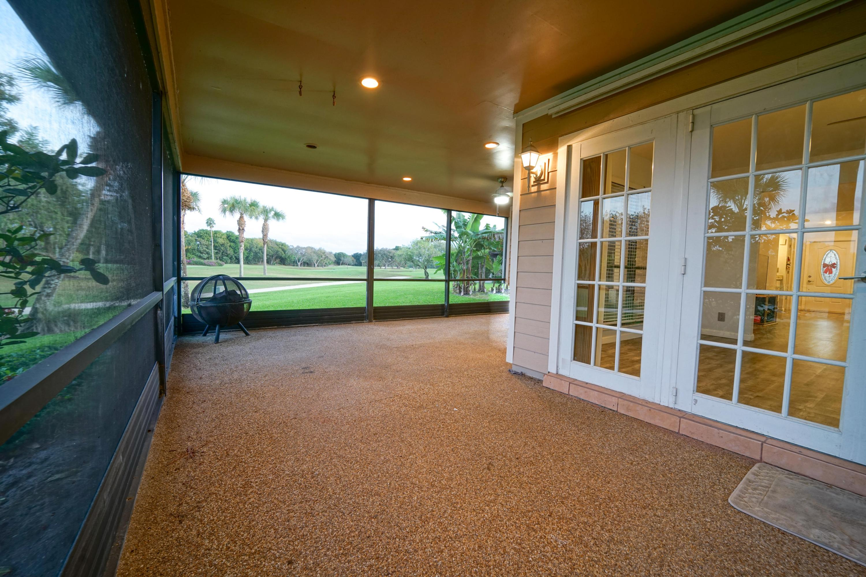 13868 Whispering Lakes Lane, Palm Beach Gardens, Florida 33418, 2 Bedrooms Bedrooms, ,2.1 BathroomsBathrooms,A,Single family,Whispering Lakes,RX-10488240