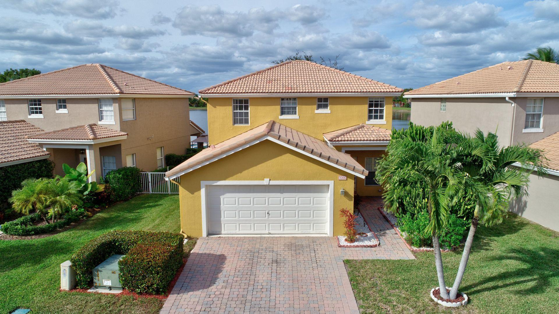 3206 Turtle Cove West Palm Beach, FL 33411