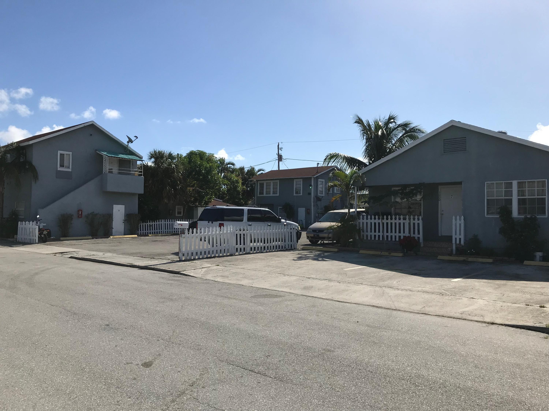 1000 W Lakewood Road 1 West Palm Beach, FL 33405