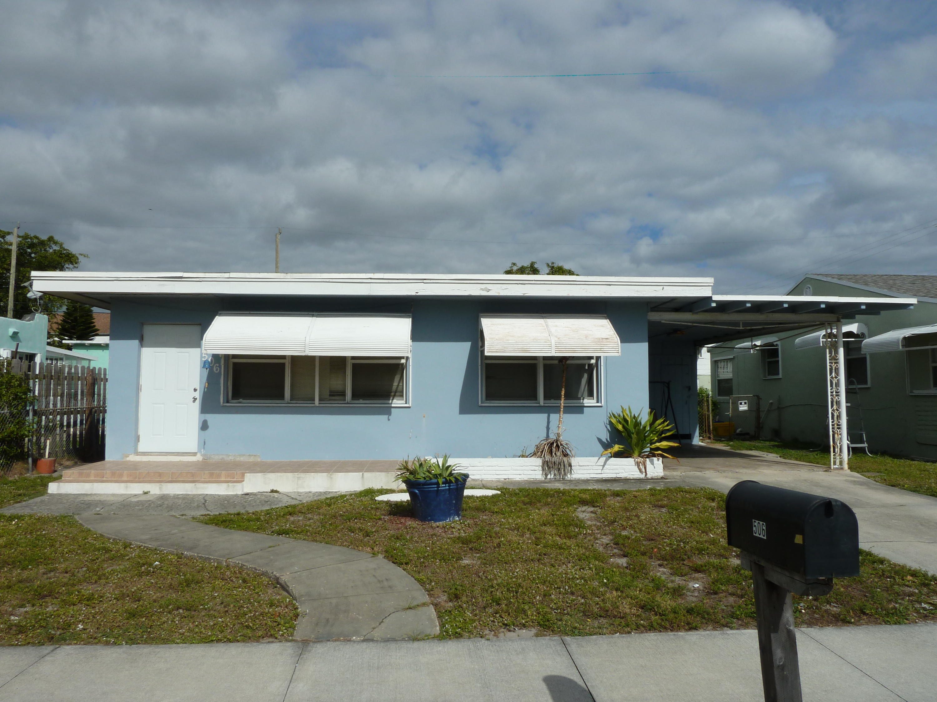 Home for sale in Worthmore Park Lake Worth Florida