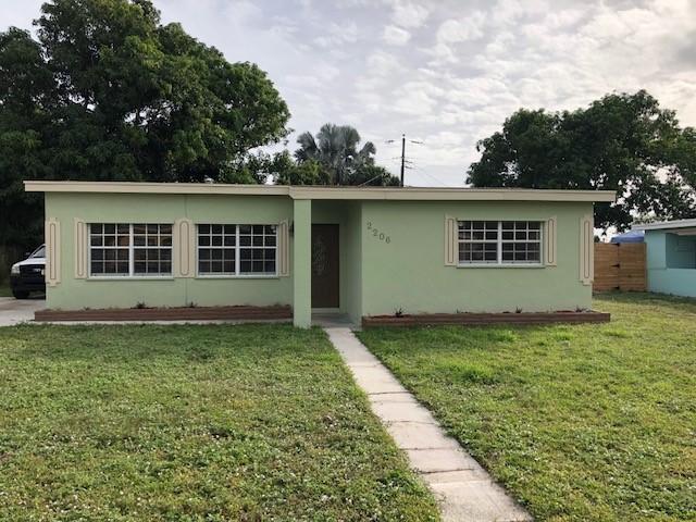 2206 NE 4 Court, Boynton Beach in Palm Beach County, FL 33435 Home for Sale