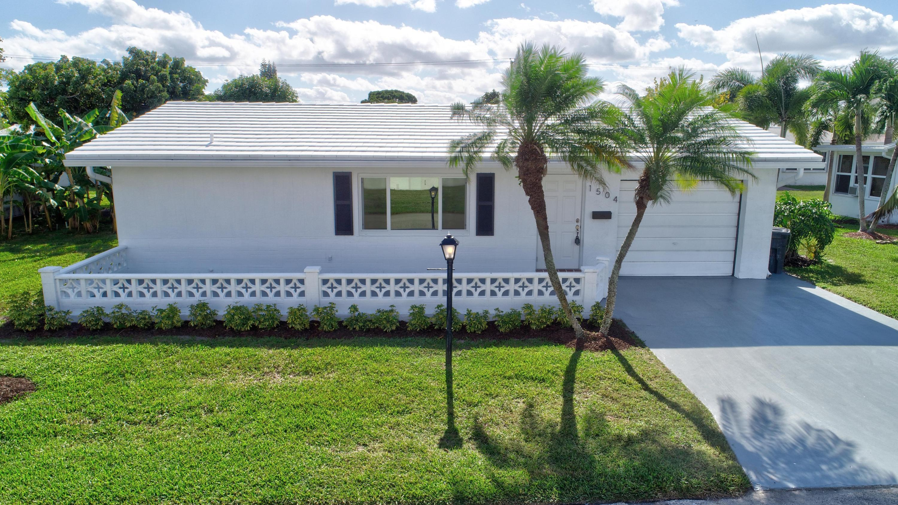 1504 SW 22nd Avenue Boynton Beach, FL 33426