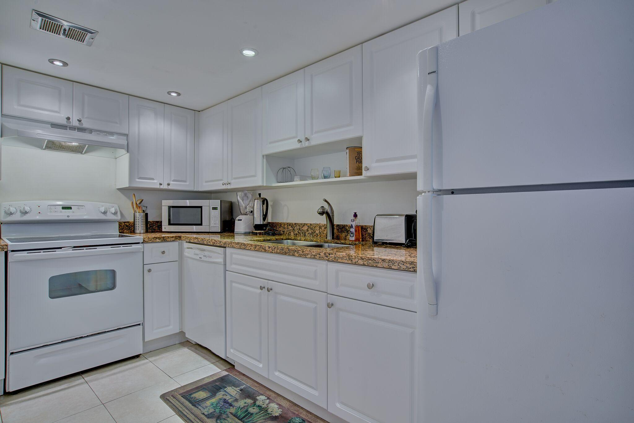 2430 S Federal Highway Boynton Beach 33435 - photo