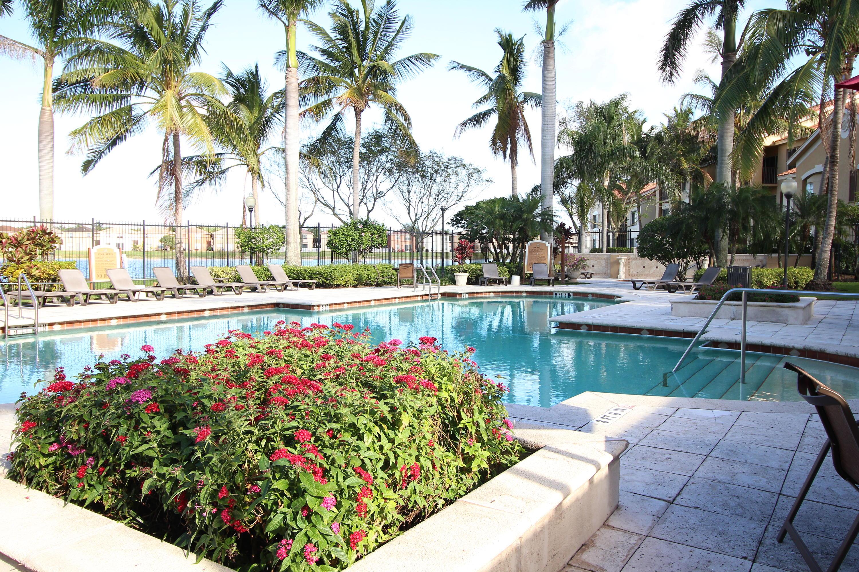4211 San Marino Boulevard 207 West Palm Beach, FL 33409