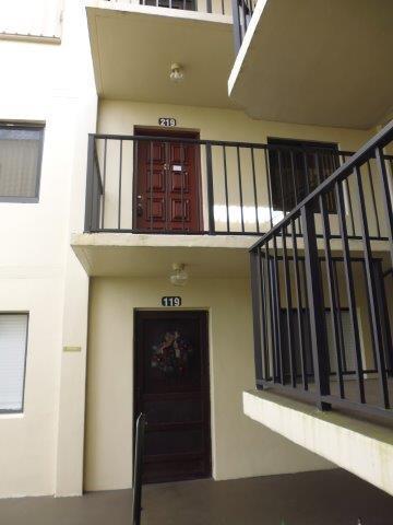 5130 Las Verdes Circle 219 Delray Beach, FL 33484 photo 5