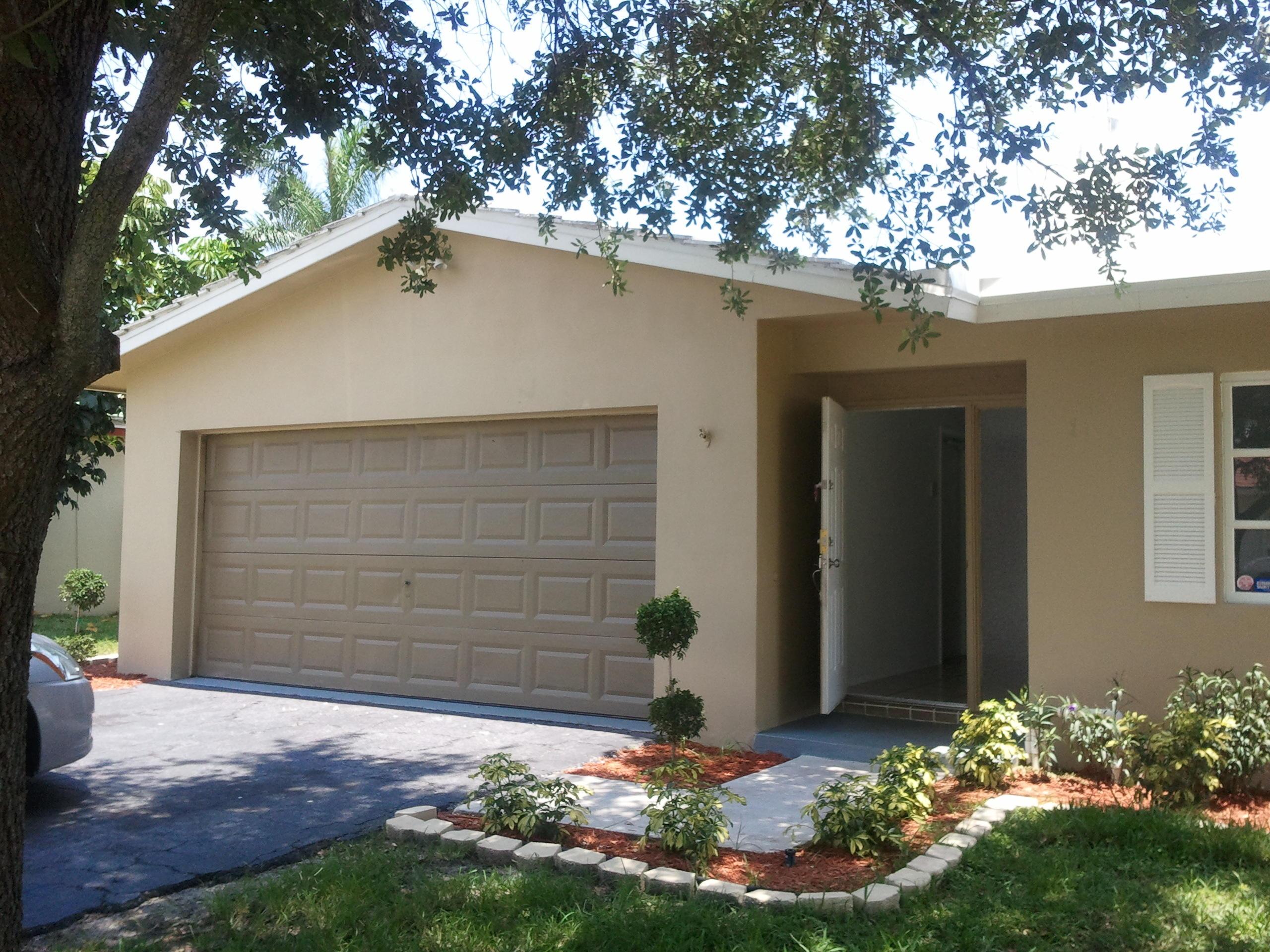 Home for sale in UNIVERSITY PARK COUNTRY CLUB ESTATES Boca Raton Florida