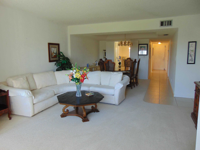 3326 Arcara Way 411 Lake Worth, FL 33467