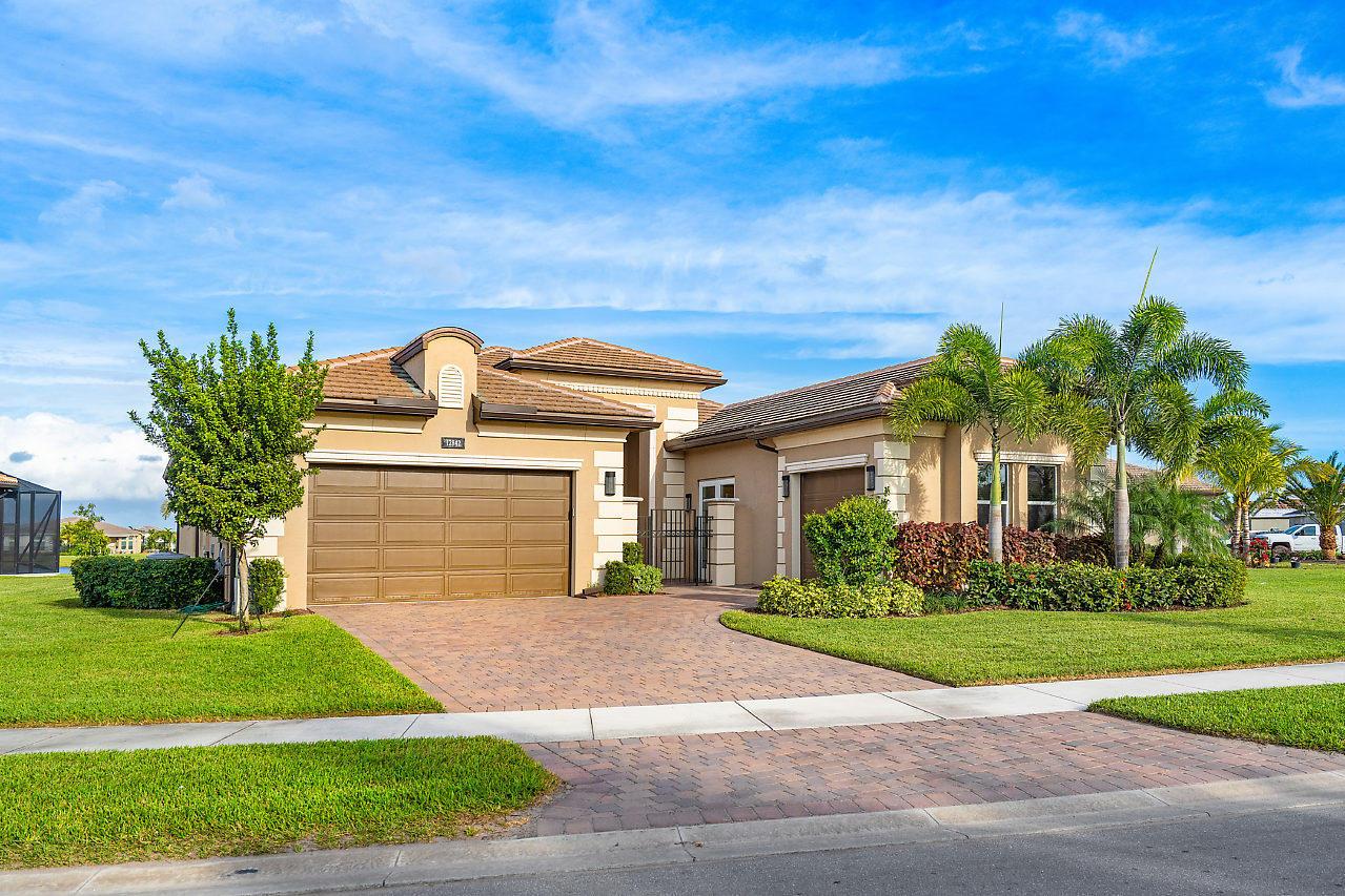 Valencia Bay home 12842 Big Bear Boynton Beach FL 33473