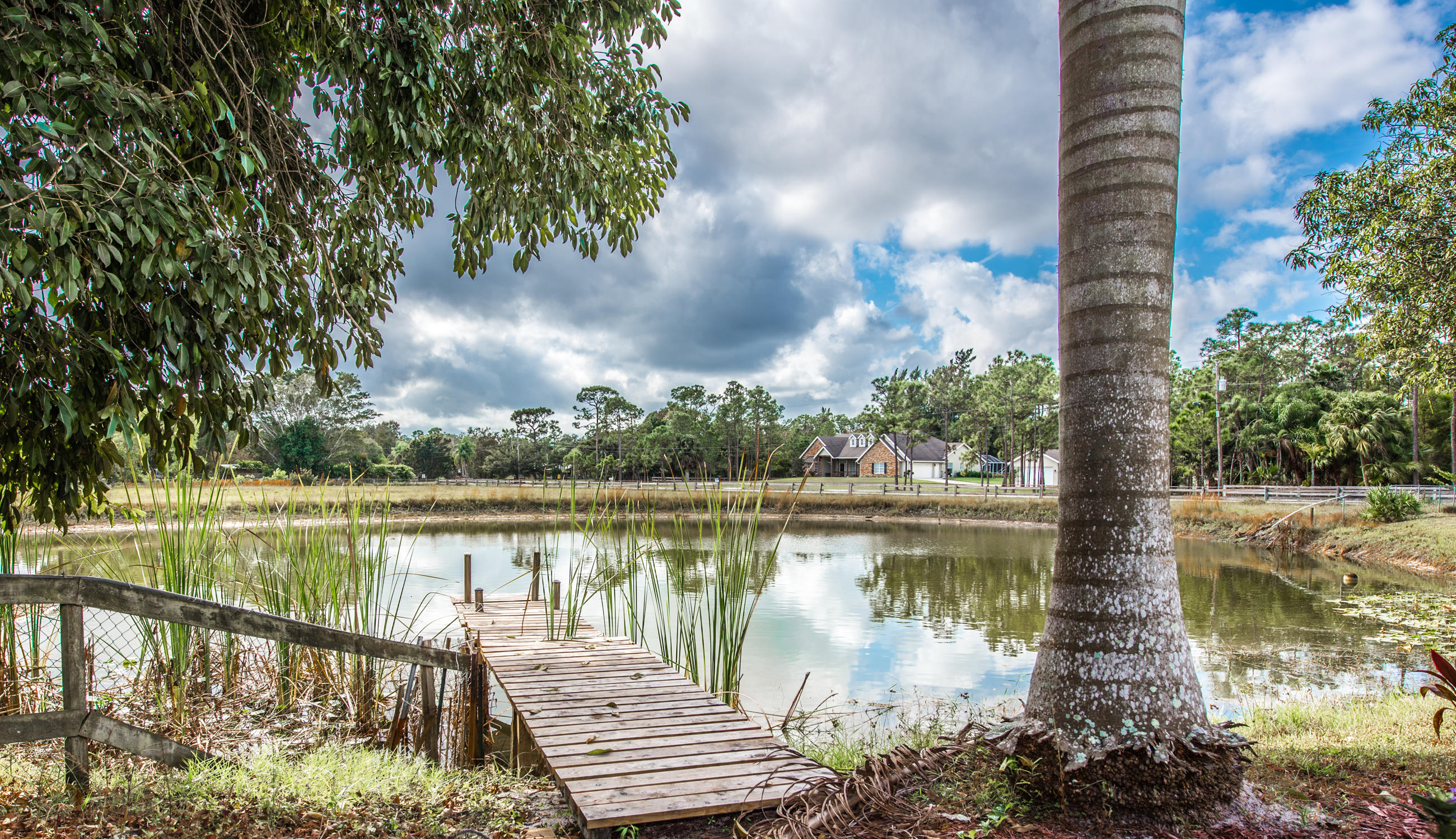 RUSTIC LAKES PALM BEACH GARDENS REAL ESTATE