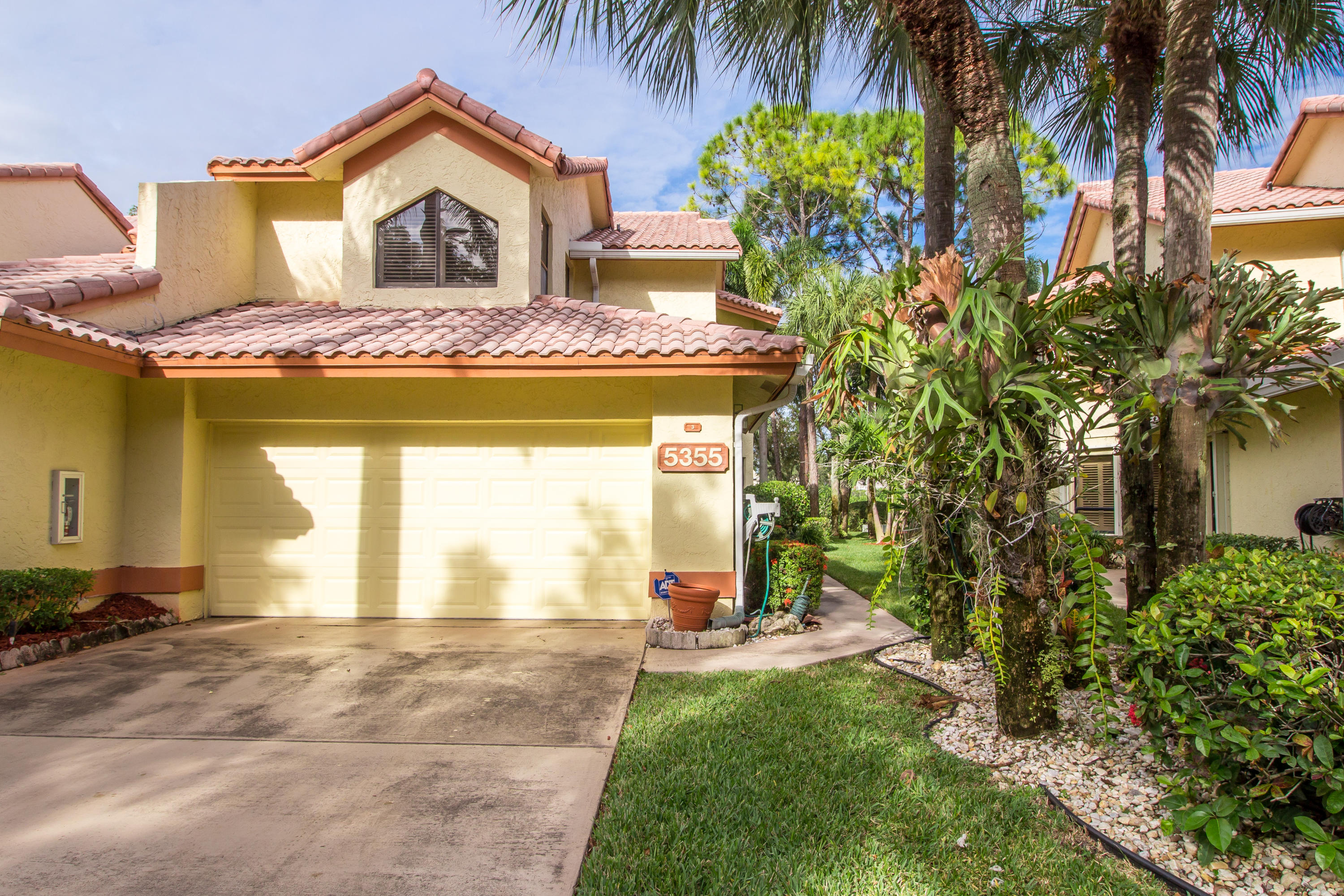 Home for sale in BOCA DELRAY COUNTRY CLUB Delray Beach Florida