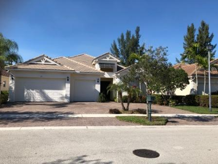 127 Palm Beach Plantation Boulevard Royal Palm Beach, FL 33411