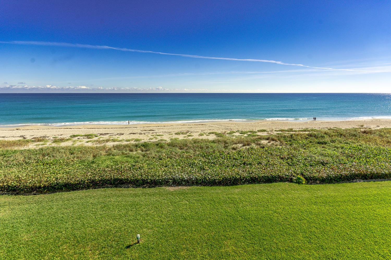 BEACH POINT COND              UNIT 306-S