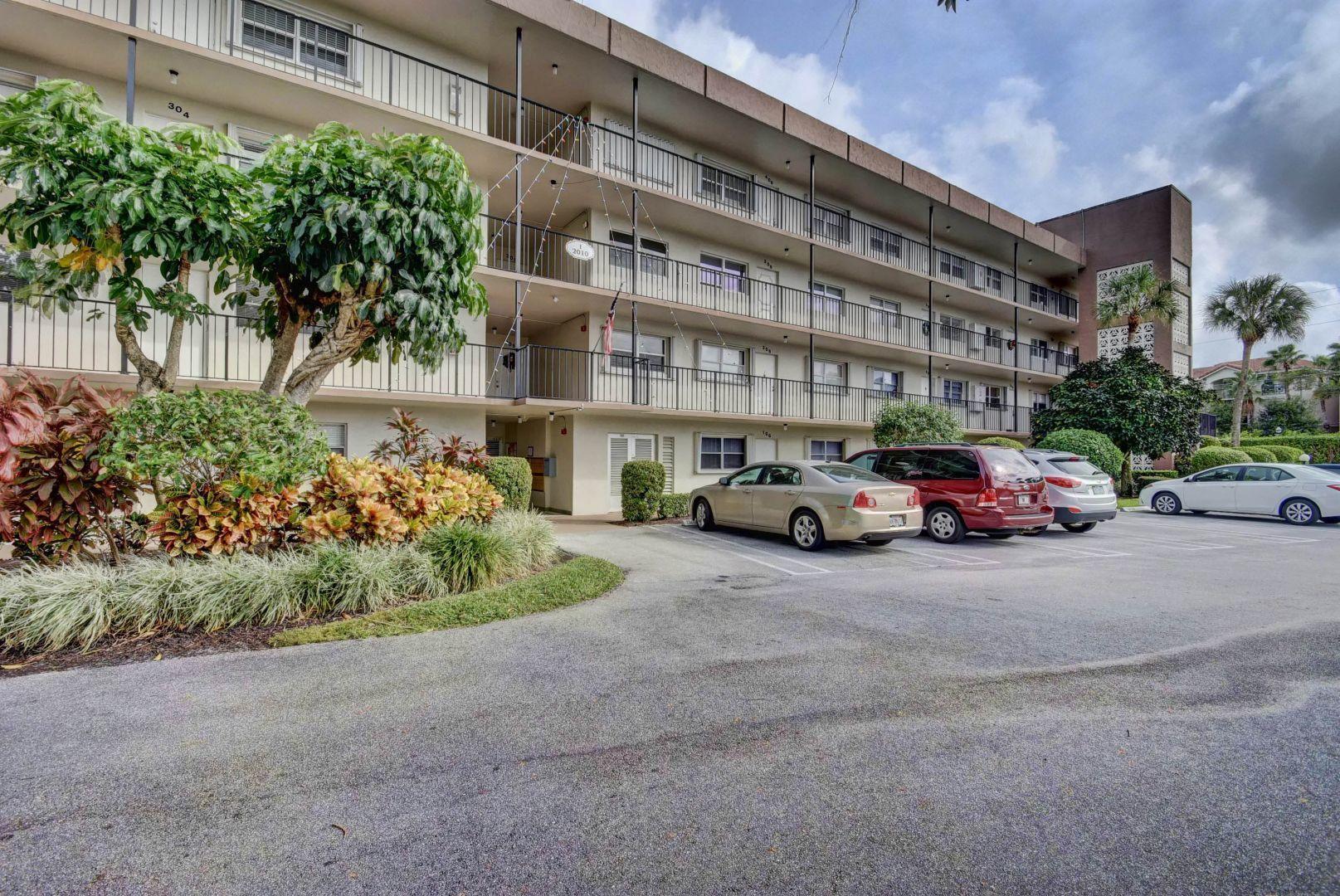 23 Colonial Club Drive Boynton Beach 33435 - photo