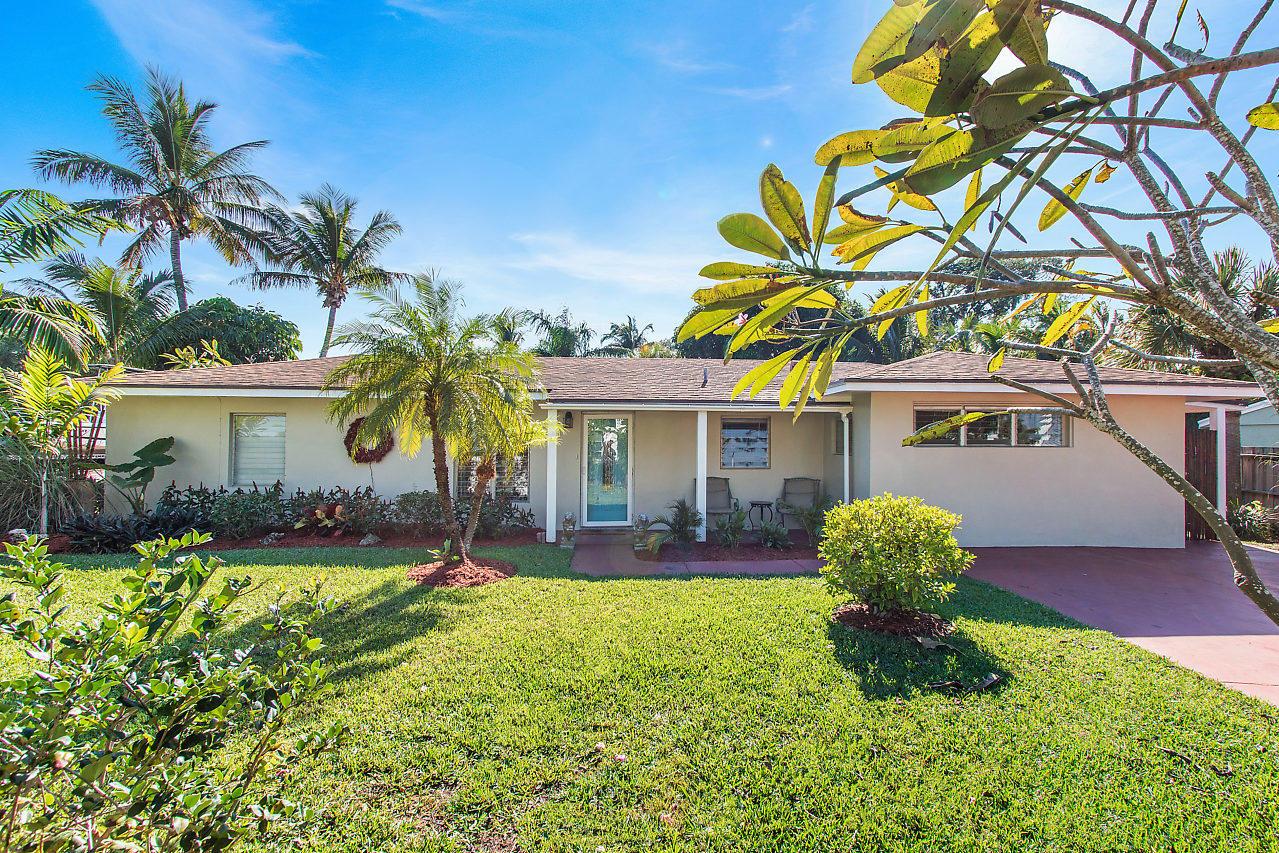 144 Coconut Road  Delray Beach, FL 33444