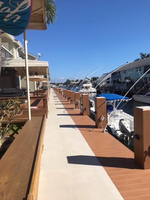 718 NE 12th Terrace 8 Boynton Beach, FL 33435