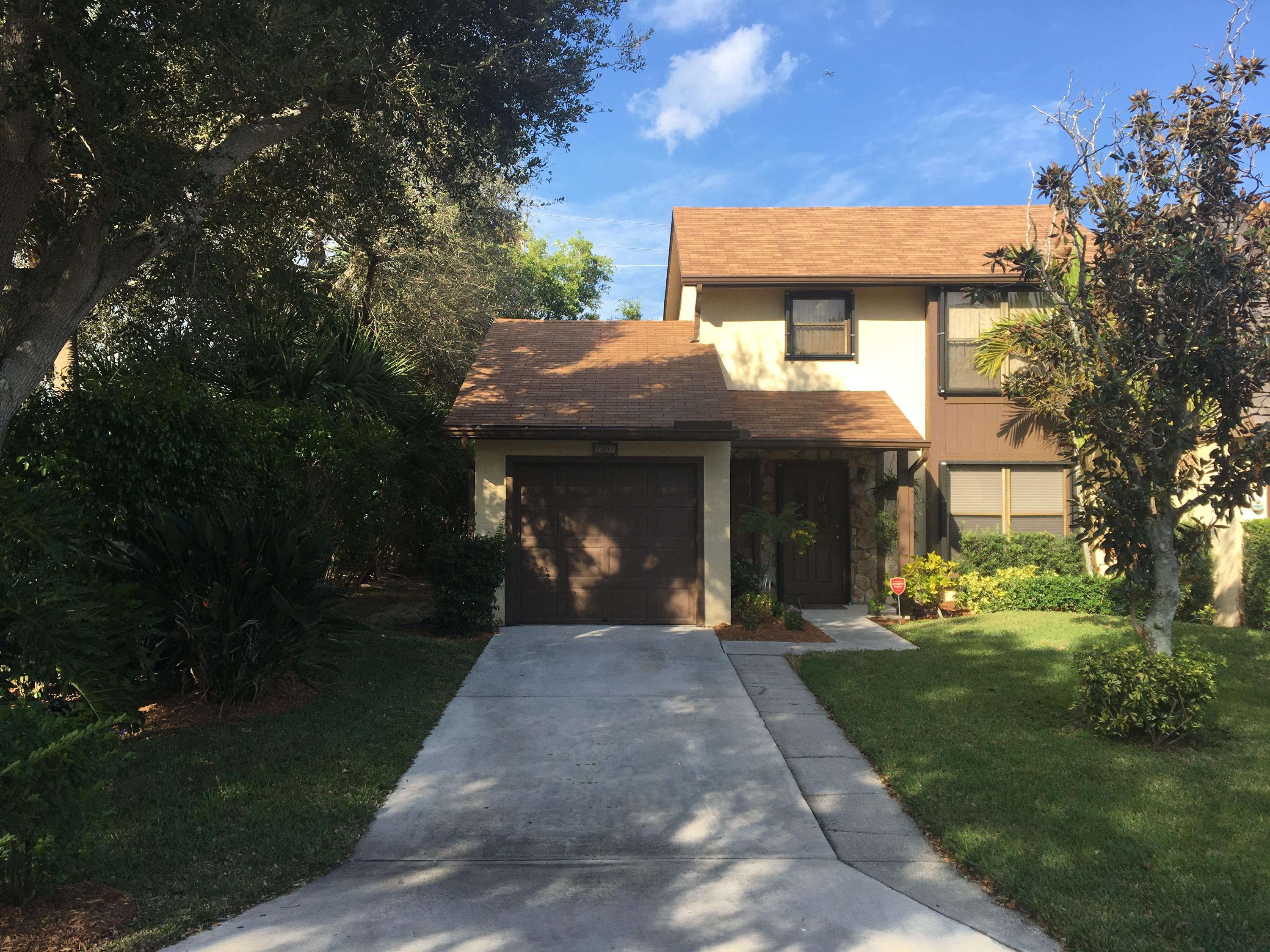 Home for sale in Town Oaks Palm Beach Gardens Florida