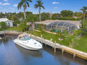 712 NE 72nd Street  For Sale 10489808, FL