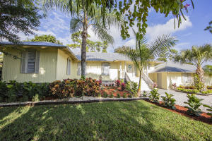 Property for sale at 9759 Saddle Court, Lake Worth,  Florida 33467