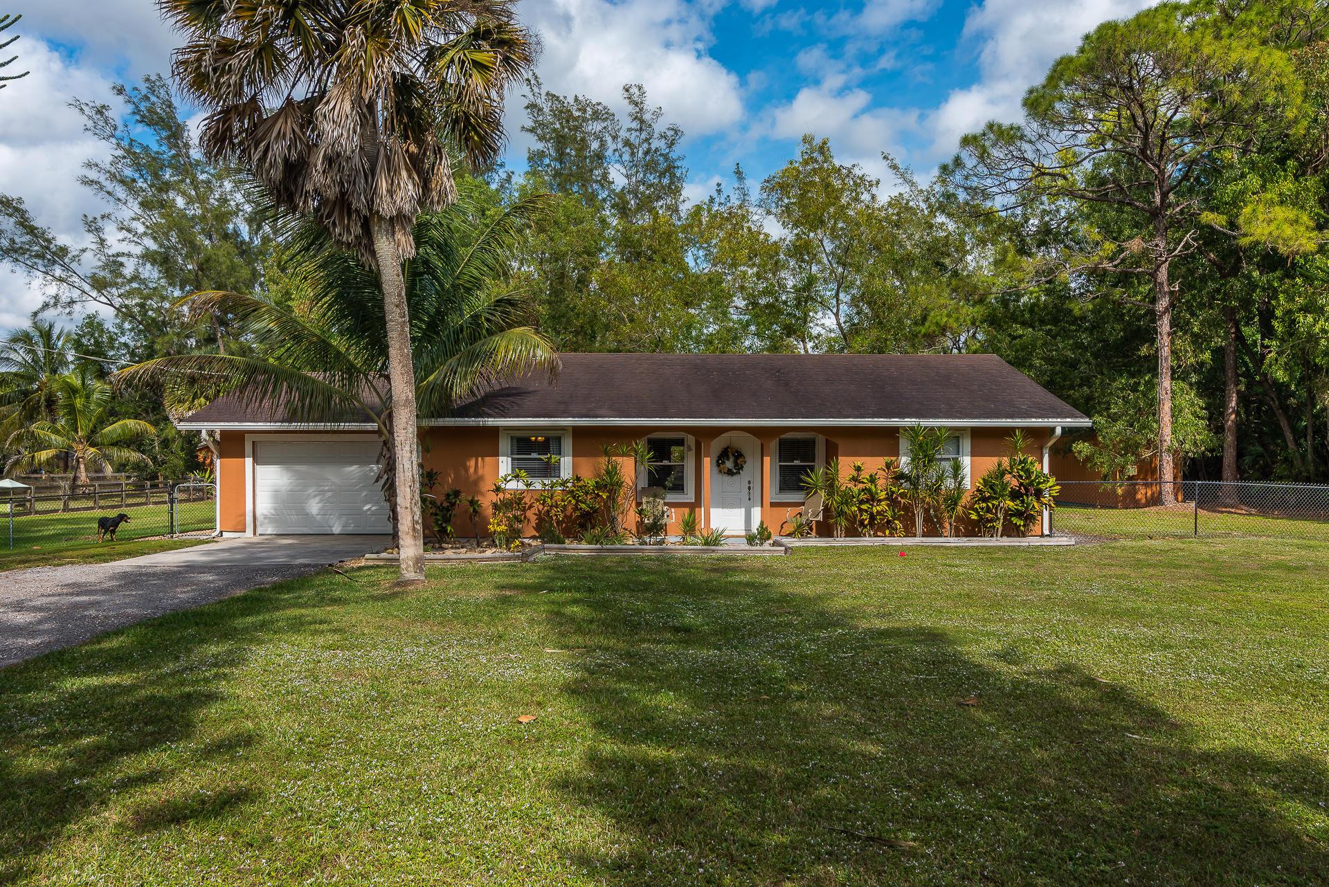 11415 Sunset Boulevard Royal Palm Beach, FL 33411 photo 2